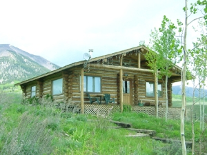 rental vacation cabin in gunnison colorado